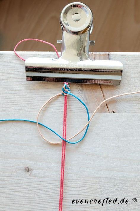 Makramee Armband selber machen aus Baumwolle mit Weberknoten