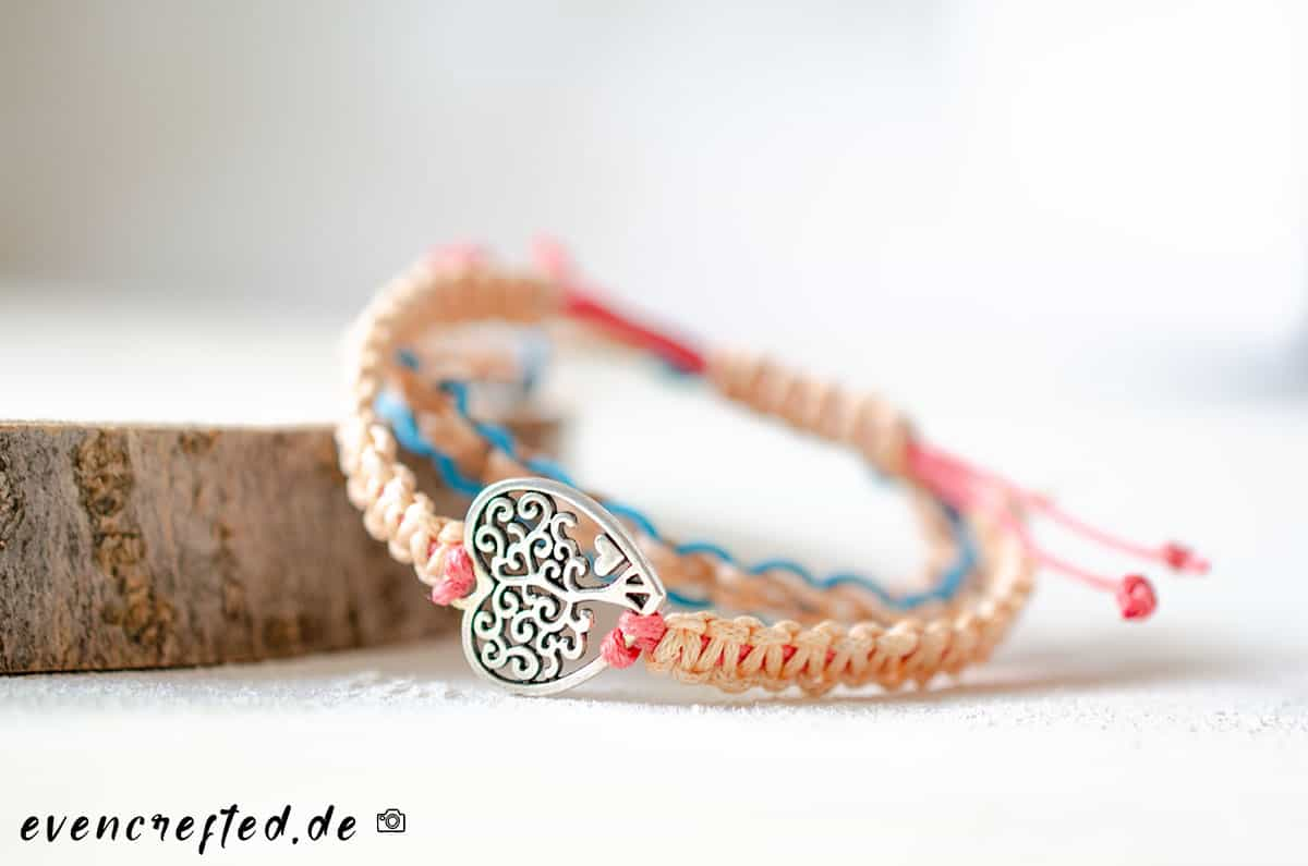 3 einfache Makramee Armbänder für Sie & Ihn- mit Anleitung | evencrafted.de ♥ DIY & Naturkosmetik Blog