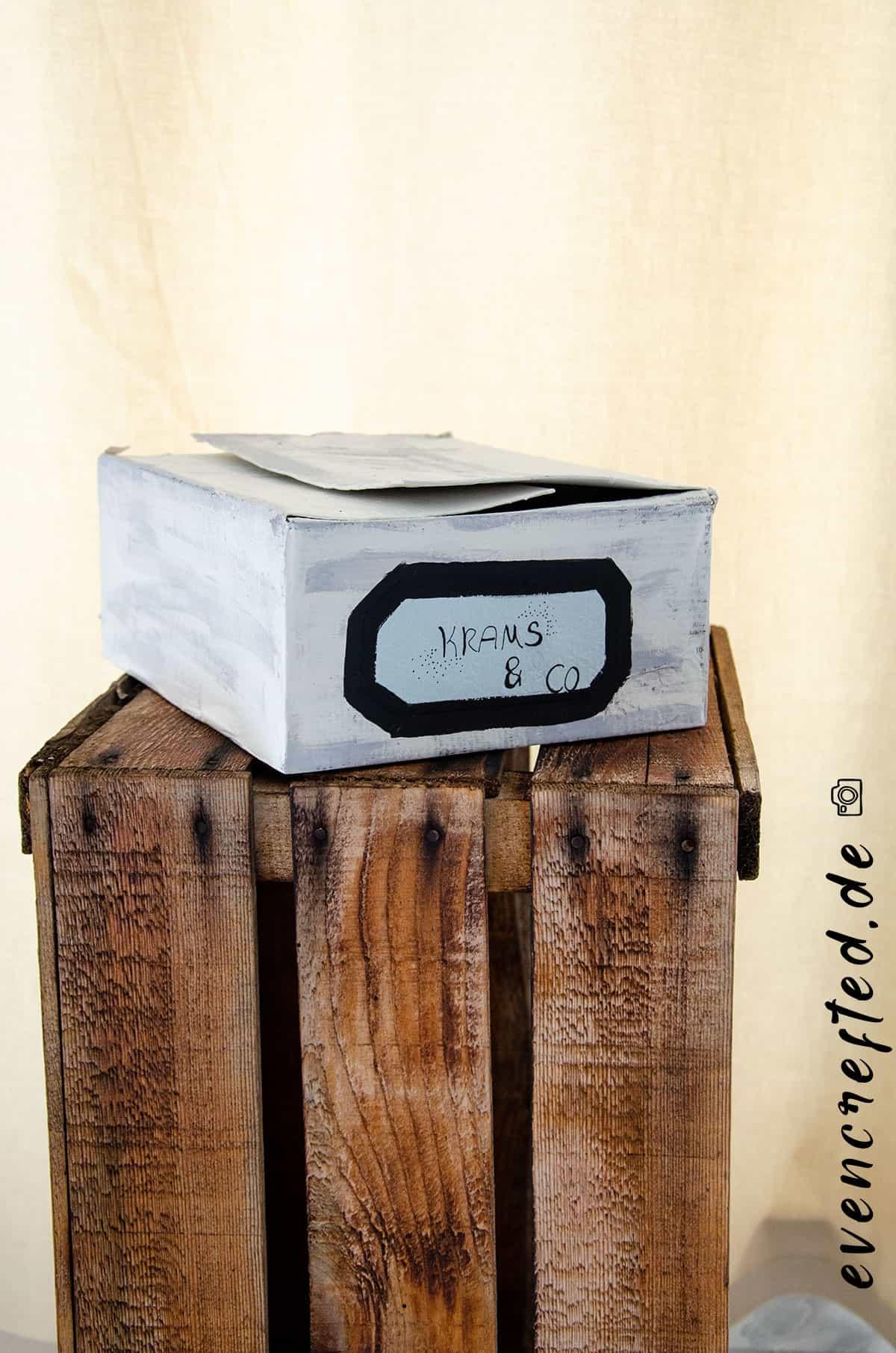 Karton bemalen & bekleben- kreative Upcycling Idee evencrafted.de ♥ DIY & Naturkosmetik Blog
